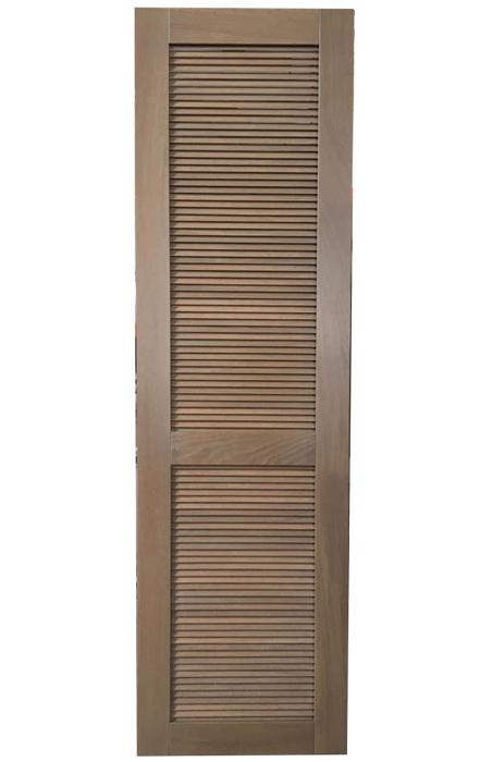 Фасад из массива с решеткой «Жалюзи»